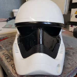 Stormtrooper spray painted 7