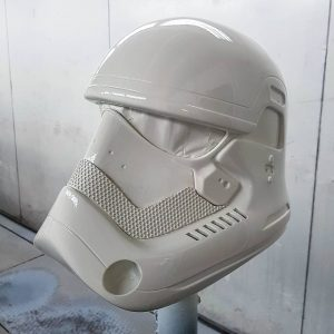 Stormtrooper spray painted 01
